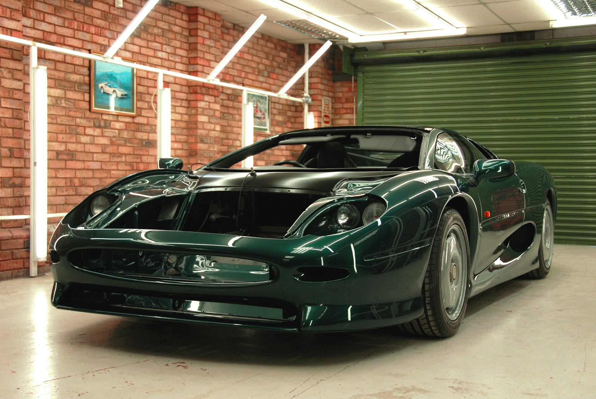 XK Jaguar XJ220 Engineering