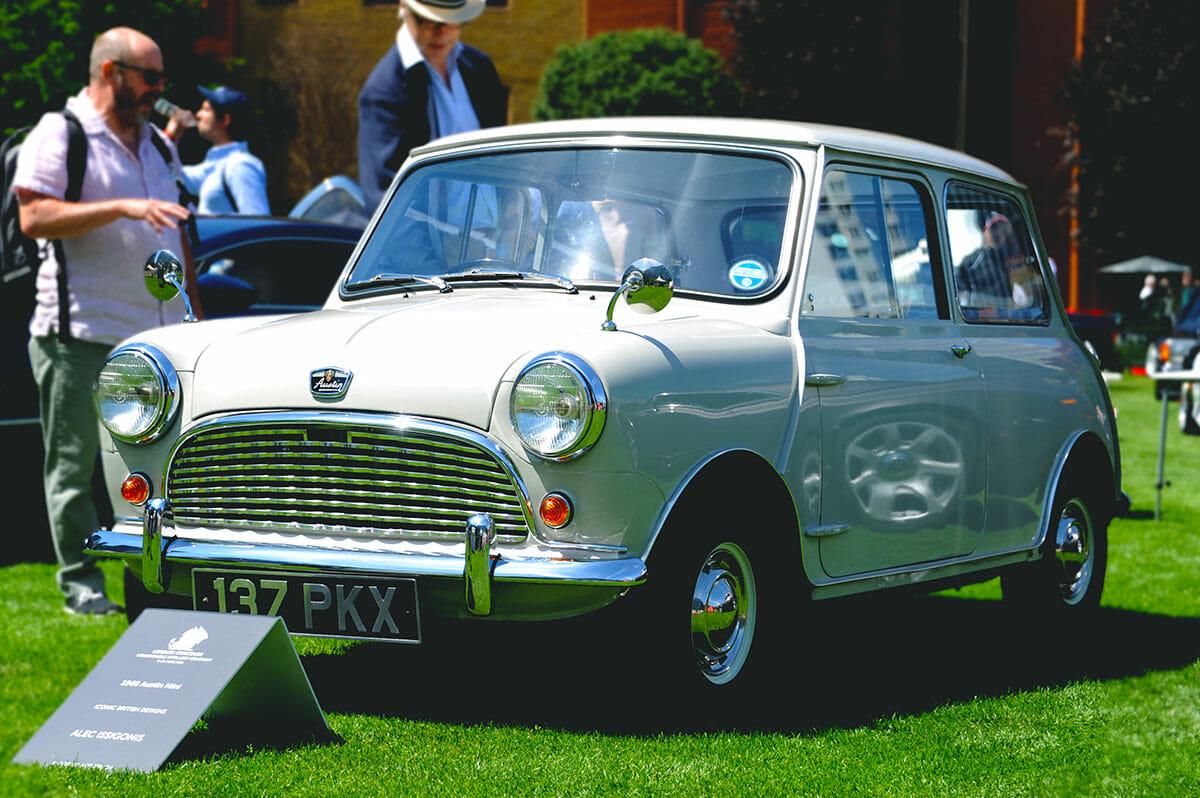 London Concours White Mini